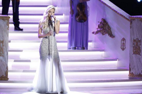 The Voice 2017 Spoilers - Voice Finale Performances - Lauren Duski